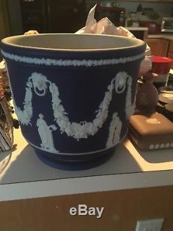 Wedgwood Jasperware Portland Blue Dip 10+ HUGE Rare 1899 Jardiniere Pot Nice