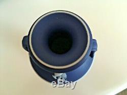 Wedgwood Jasperware RARE Dark Blue 6 Urn Vase Trophy Handles C1900 NICE