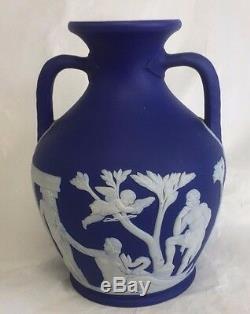 Wedgwood Jasperware Royal Cobalt Portland 6 Vase 2 Handles