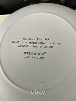 Wedgwood Jasperware valentine plates Pink On Gray With Box