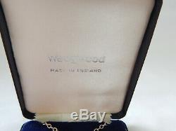 Wedgwood Lilac Jasper Cameo Zephyr Lge Pendant Necklace Silver HM 1975 Boxed