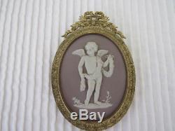 Wedgwood lilac dipped jasperware 19th century gilt-bronze-framed oval medallion