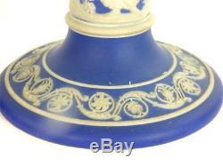 Ancienne 19ème Siècle Wedgwood Dark Bleu Immersion Jasperware Chandelles 9 22.5cm