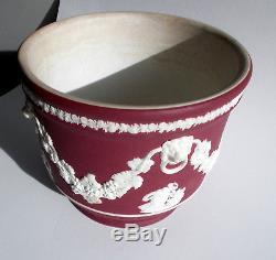 Antique Crimson Trempette Jardinière Tête De Lion Jardinière Wedgwood Jasperware