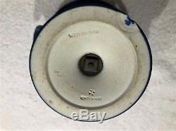 C. 1891 Grand Wedgwood Portland Bleu Jasperware Campana Urne Nice Satin Fin