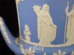 Deux Jardinieres Bleu Clair Bleu Campana Vases & Covers 11 1/4