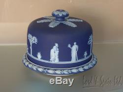Dôme De Fromage Recouvert De Trempette Jasperware Bleu Foncé Wedgwood