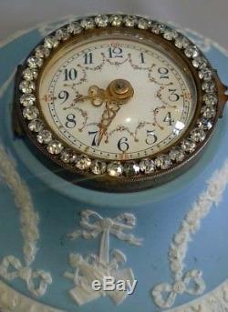 Horloge Murale Wedgwood Jasperware Avec Brillants