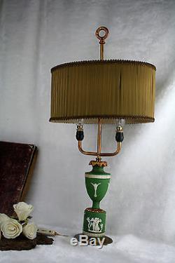 Lampe De Table En Porcelaine Verte Wedgwood Jasper Ware Bouillotte Modèle 1960