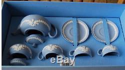 Magnifique Neuf Dans La Boîte 9 Pièce Wedgwood Jasperware Mini Taille De L'enfant Tea Set Blue