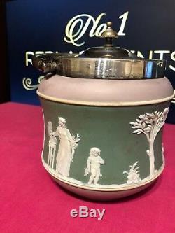 Pot À Fût En Biscuit Avec Jasperware, Lilas, Vert, Blanc, Antique, Wedgwood
