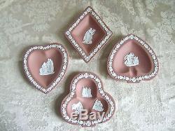 Rare Wedgwood Terra Cotta Jasperware Diamant, Club Et Spade Pin Plats Bridge Set