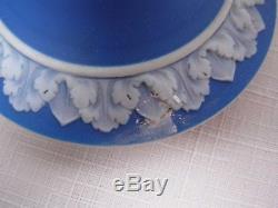 Théière Antique Wedgwood England Bleu Foncé Recouvert De Jasper 4 1/4 De Haut
