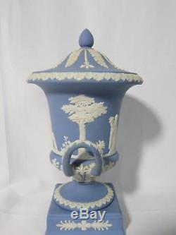 Vintage Wedgwood Bleu Jasper Lidded Urn 11,5 Tall