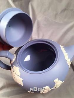 Vintage Wedgwood Jasperware Light Blue Classique Chérubin Putti Relief Théière