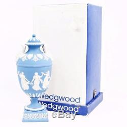Wedgwood 275 Pale Blue Jasperware Danse Heures De 10 Urne Dans La Boîte