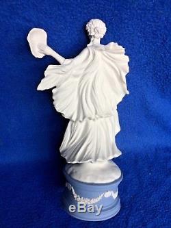 Wedgwood Jasper Ware Classique Muses Figurine Melpomène Cw330