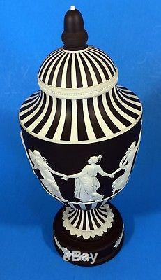 Wedgwood Jasperware Black Basalt / White Heures De Danse Urn Lidded Vase 10.25 F / S