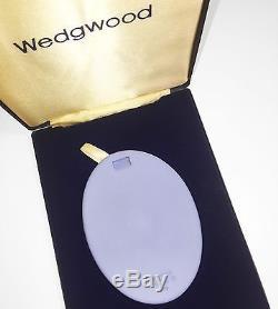 Wedgwood Jasperware Reine Elizabeth II Royale Plaque De Mariage En Argent (plaque # 1)