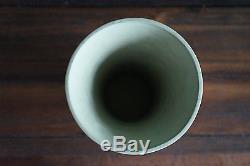 Wedgwood Jasperware Vintage Rare Vert 9 1/2 Tall Grand Vase Mint! Feuilles D'ivy