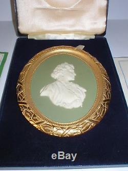 Wedgwood Vert Jasper Ware Reine Mère Portrait Médaillon Le 250 Ormolu Cadre