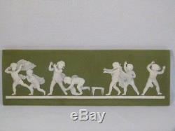 Wedgwood Vintage Jasperware Plaque Verte Blind Homme Buff Blind Homme Bluff